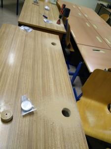 Alle Tische bekommen neue Kabelauslässe